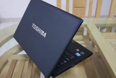Toshiba R940 i5 4 GB card rời 2Gb